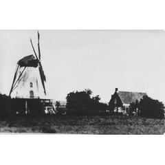 Baarland, molen van G Moerland ca 1920
